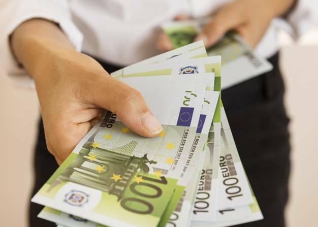 Программа гранта оборотных средств для предприятий, на которые повлиял Covid-19, продлена на месяц
